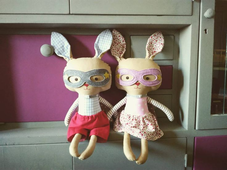 Hoppy Easter!!  superhero bunniess are available in my etsyshop click link in profile #lalobastudio #etsykids #easterbunny #easter #superhero #bunnygram # #bunnies #bunnylove #superhero #cute #kawaii #usagi #dollsanddaydreams #kids #iwantspring #love #rabbit #bunny #easterdecor #eastereggs #crochet #handmadedolls #coolmom #coolkids #toddlersmom #toddler #letthemplay #imaginaryplay #plush pattern: @dollsanddaydreams