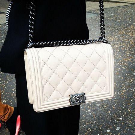 #HandbagSpy White Chanel BOY bag