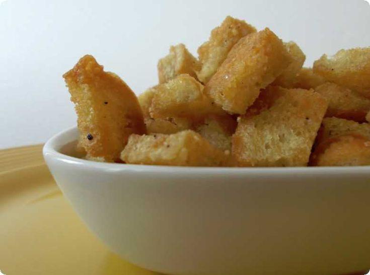 Homemade Parmesan Garlic Croutons Recipe