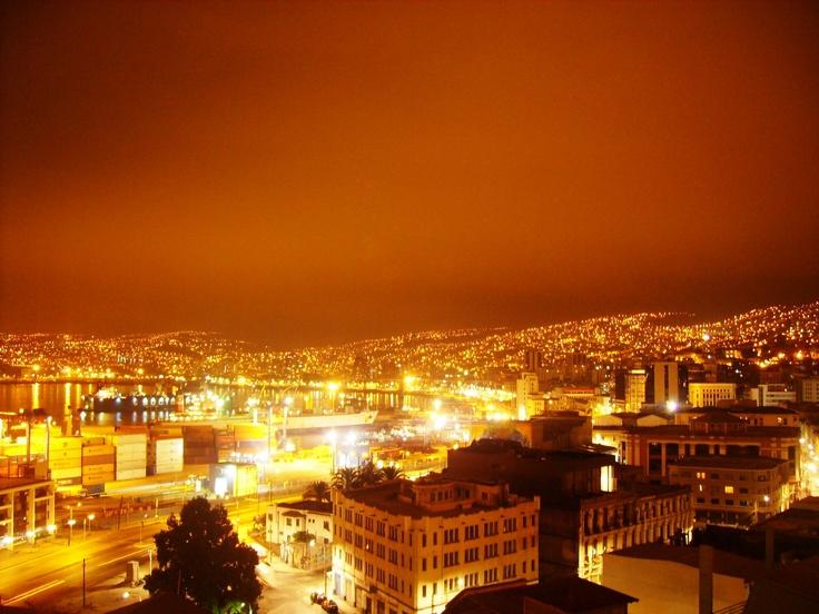 Glowing, restless, vibrant  Valparaíso - Chile