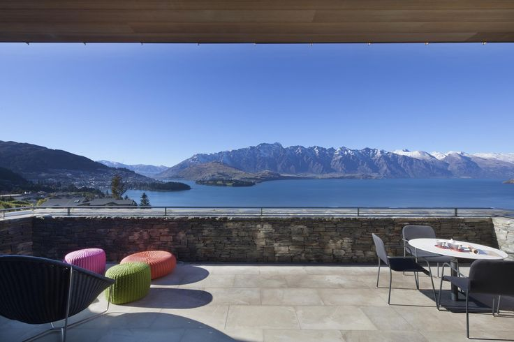 The breathtaking view of lake Wakitipu and the mountains from the balcony