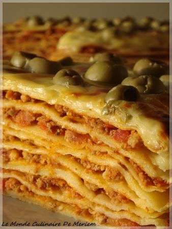 Gateau de crêpes aux tomates ou les lasagnes de crêpes à la bolognese - Bouillon cube facultatif