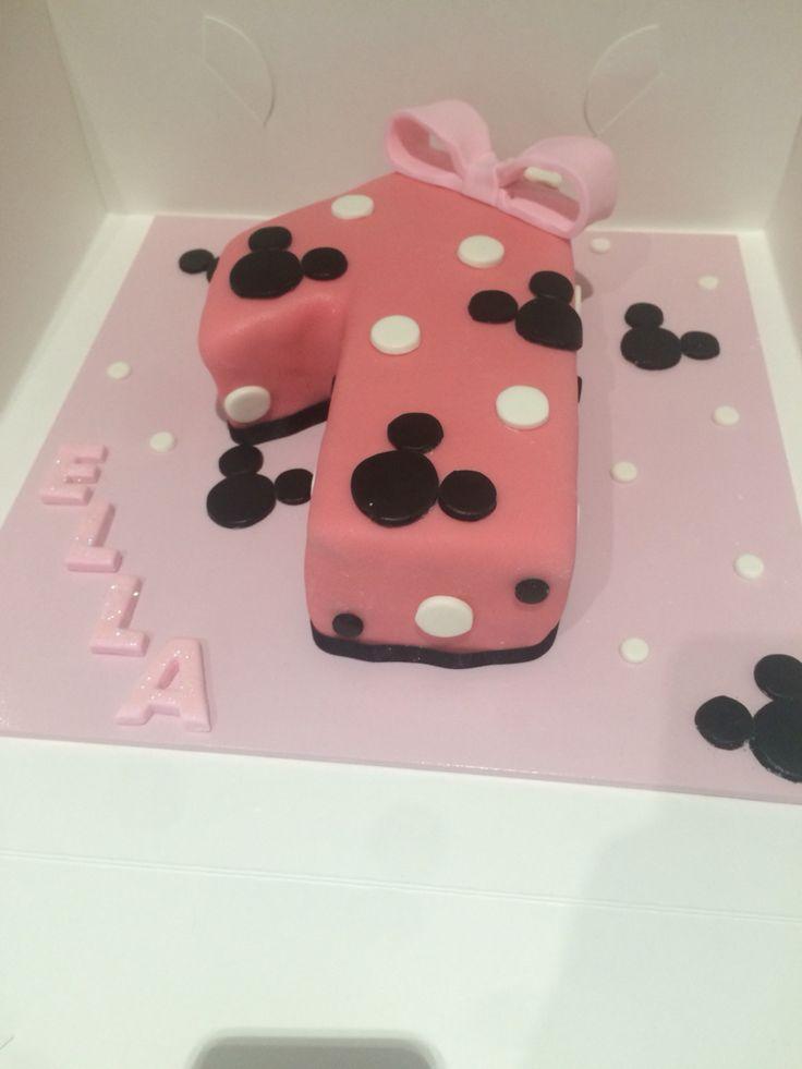 Number 1 birthday cake for Ella.