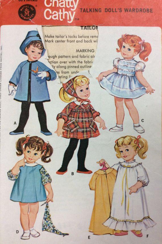 RARE - Vintage bavard Cathy Doll Clothes - Talking armoire de poupée - Vintage couture patron McCall 7181 ** UNCUT
