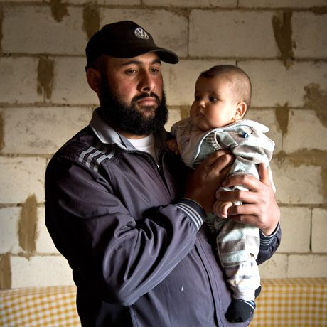 Syrian Refugees in Lebanon - Multimedia Feature - NYTimes.com