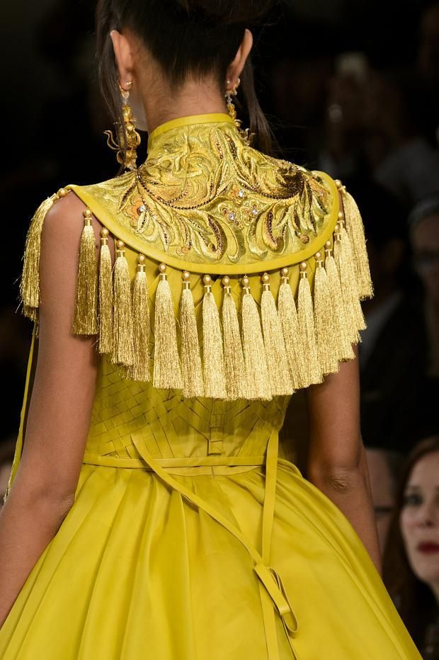 View all the detailed photos of the Guo Pei haute couture spring 2016 showing at Paris fashion week. Read the article to see the full gallery.