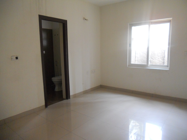 BREN Avalon G+ 5 suite of  2 / 3 BHK Apartments neat Marahtahalli Junction and EPIP Zone whitefield.- Guest Bed Room with attached toilet