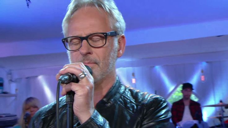 Uno Svenningsson - Du kommer ångra det här - Så mycket bättre (TV4) - YouTube