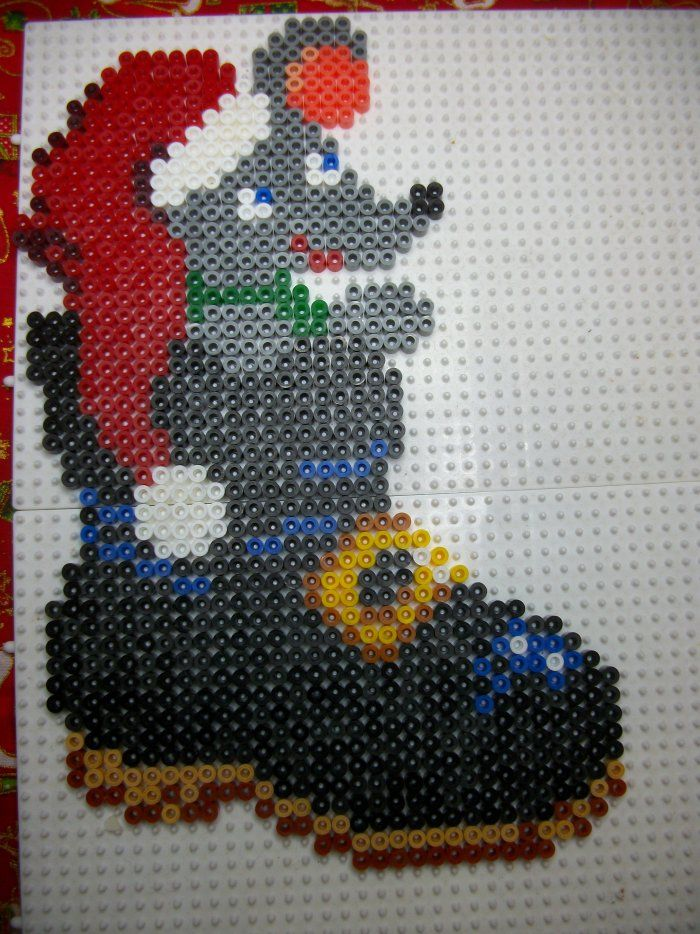 1000 images about melty beads on pinterest perler bead patterns perler beads and hama beads - Perle hama noel ...