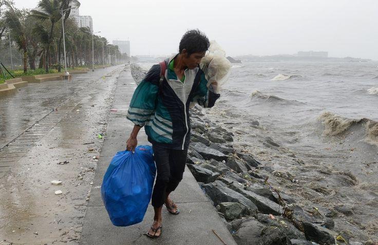 2 Op de Filipijnen heeft zondag tyfoon Koppu lelijk huisgehouden en met hevige rukwinden elektriciteitspalen en bomen omvergeblazen. Het kwam tot een algemene stroomuitval in de noordelijke provincies. De tyfoon raasde met felle regenbuien over de Filipijnse kusten. Verschillende daken en bomen werden afgerukt in de provincie Aurora op het hoofdeiland Luzon. (KLIMAAT) (De Filipijnen - Manilla: republiek)