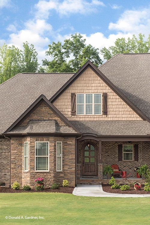 95 best images about country home plans on pinterest for Craftsman homes with stone