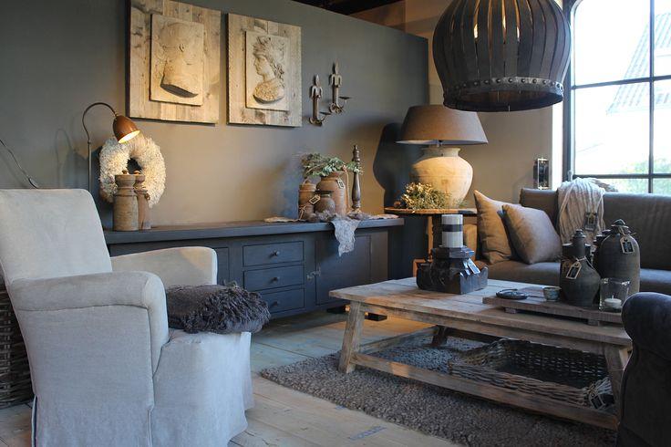 Woonkamer in Hoffz sfeer, met o.a. fauteuil Livia en bank Bo van Hoffz. www.daysathome.nl