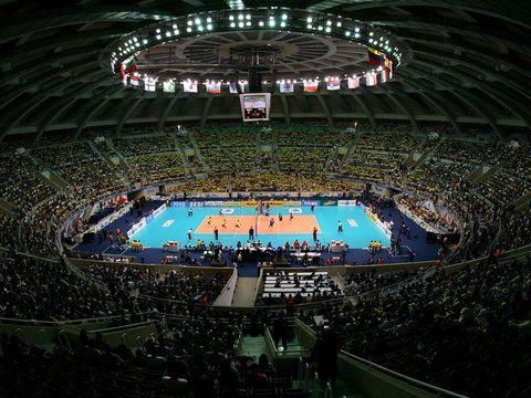 Władze światowej federacji siatkówki (FIVB) w piątek potwierdziły, że finały Ligi Światowej w roku 2015 zostaną rozegrane w hali Maracanazinho w Rio de Janeiro. Wbrew wcześniejszym spekulacjom, organi...