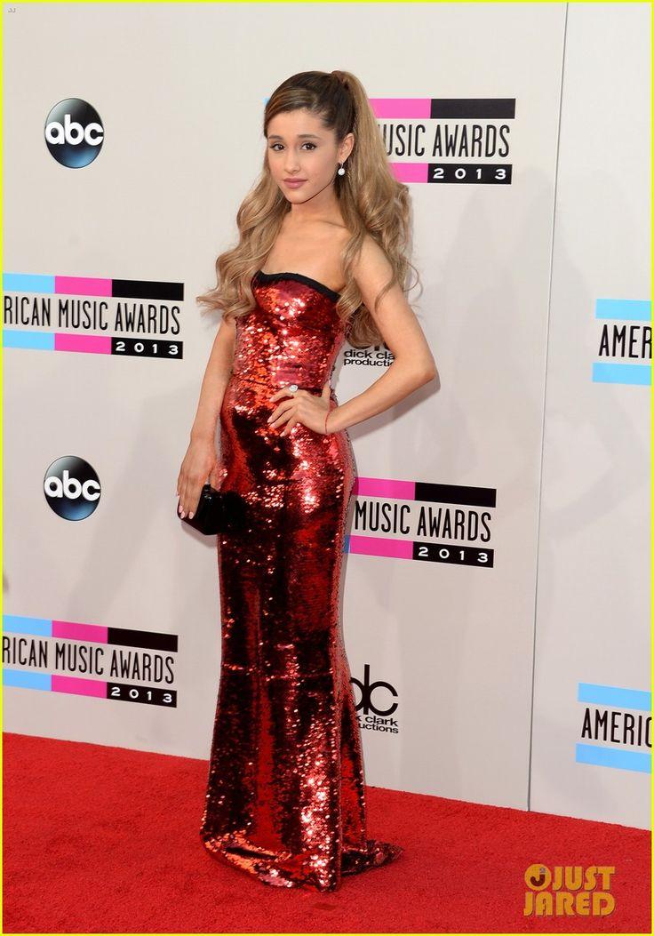 Ariana Grane AMAS '13 I LOVE HER DRESS.