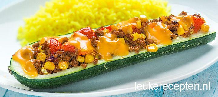 Mexicaanse gevulde courgette: Goedkoop hoofdgerecht, te serveren met rijst.