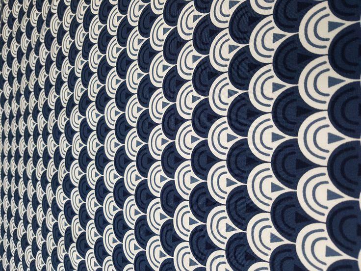 Designerstoffe USA - Jersey Retro Navi - ein Designerstück von Stoff-Fetzen bei DaWanda
