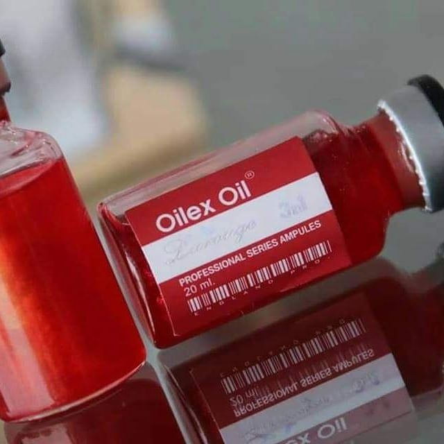 إنتاج شركه Olix Oil الانجليزيه لصالح شركه لاروج مش بس كولاجين خام احنا ضفنا نترات دهب اللي هترجع نضاره بشرتك و و Sauce Bottle Hot Sauce Bottles Ketchup Bottle
