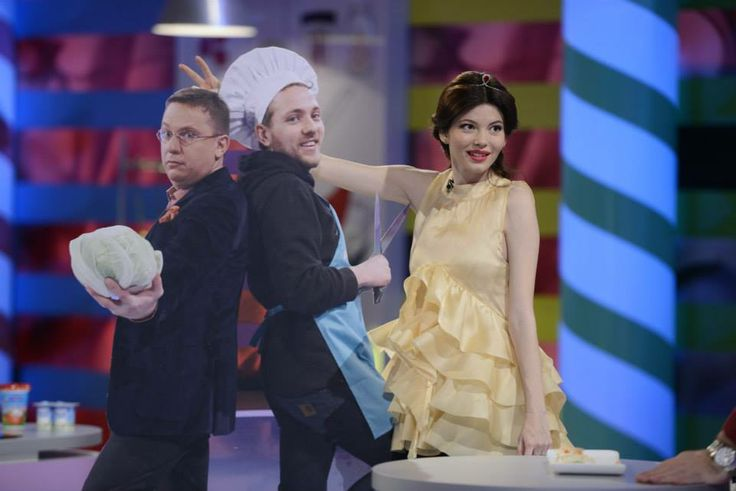 """Anca Lungu - Antena1 news broadcaster - wearing our yellow ruffled dress at """"Junior Chef"""" TV show"""