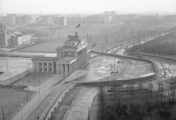 The Berlin Wall, 25 Years After the Fall - The Atlantic