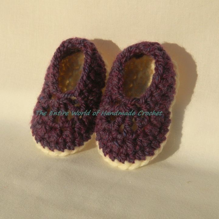 "€13. Crochet ""Rasin"" ballet sandals for a baby girl 6-12 months old. Ready to ship."