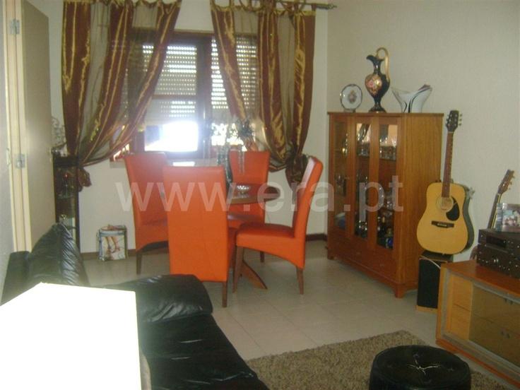 Apartamento  T2 / Vila Real de Santo António, Vila Real de Santo António - Apartamento T2 em excelente estado de conservação. Varanda.