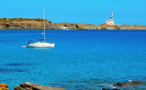 Rent a boat and see Menorca like it´s meant to be seen!