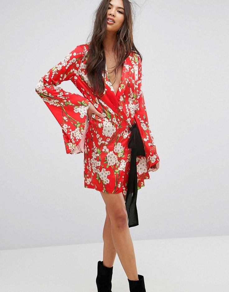 PrettyLittleThing Tie Side Floral Kimono Sleeve Dress - Red