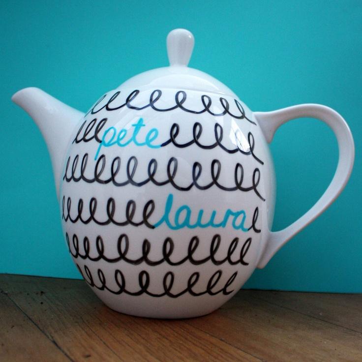 Teapot and matching teacups
