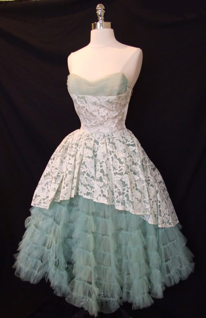 Vintage Lace Prom Dresses | Vintage 1950s Lace & Tulle Strapless Wedding Party Prom Dress ~
