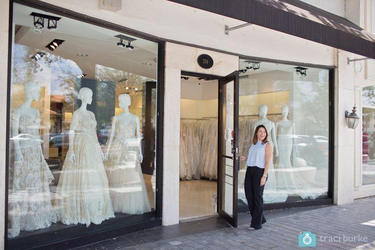 Entdecken Sie das helle und luftige Interieur einer der besten Brautboutiquen in Miami …   – Plus Size Wedding Dresses at Merlili (Miami)