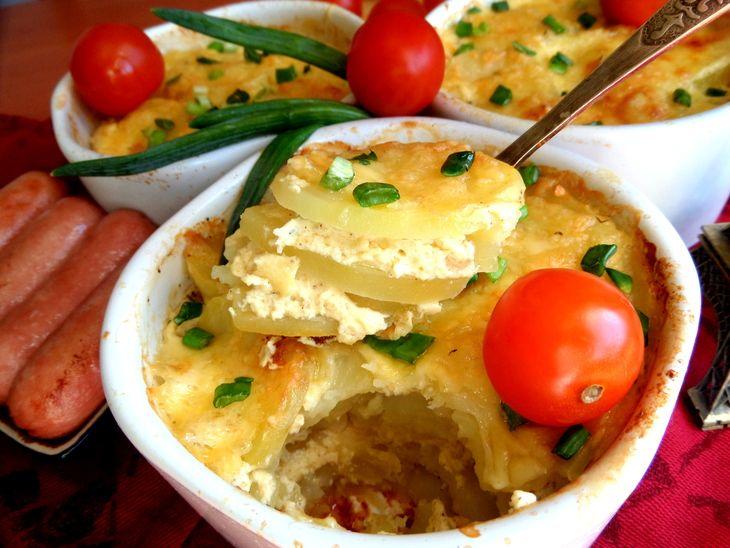 Запечённый картофель по-французски http://www.koolinar.ru/recipe/view/119194
