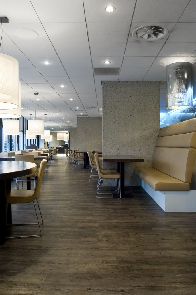 Waterfront Restaurant at Inntel Hotels Rotterdam Centre