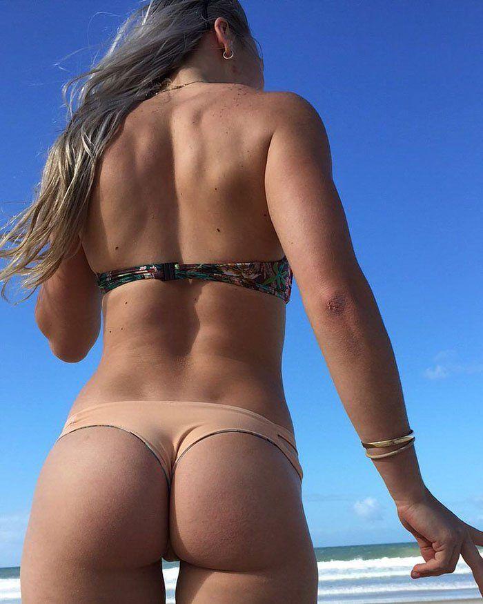 Hump girls ass thin brunette