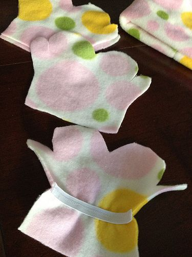 Stitches and Purls — Sewing: Fleece hat & Mittens Recently my Aunt...