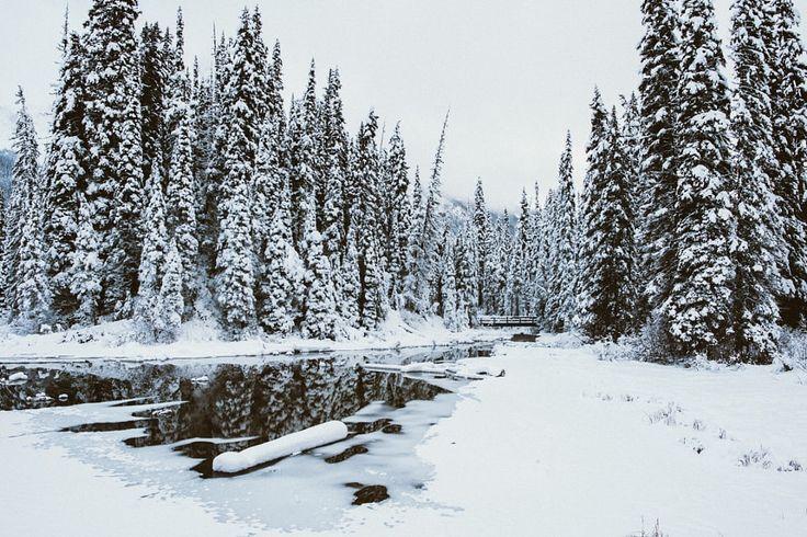 ***Freezing up (Alberta) by Daniel Lewis / 500px