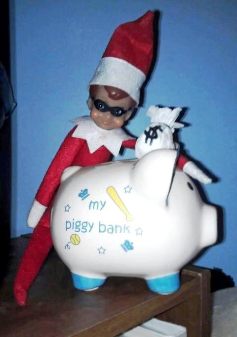 Elf Bank Robber! :): Elf Banks, Ronnie Elf, Banks Robber