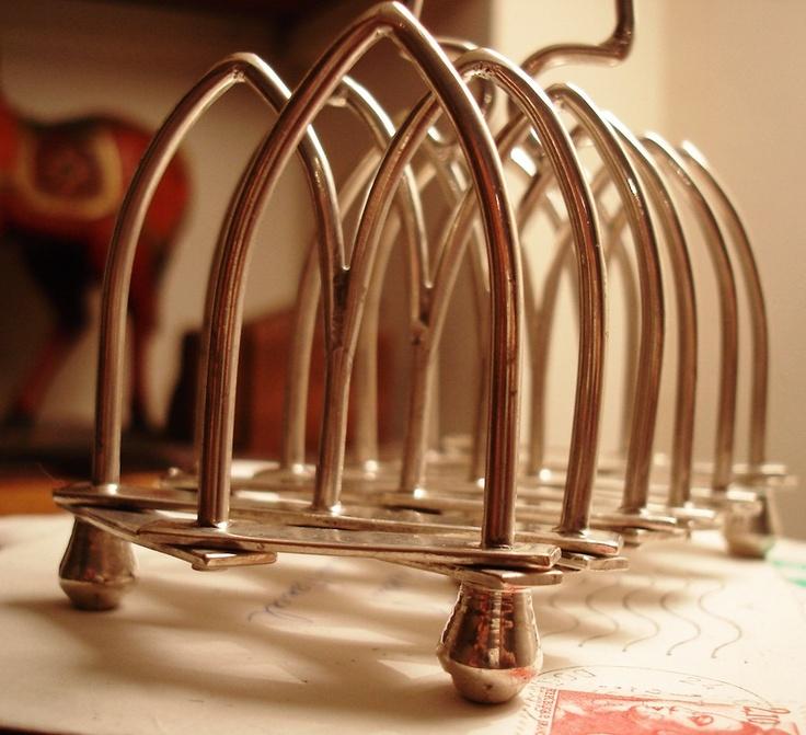 Rare Art Deco extendable toast rack