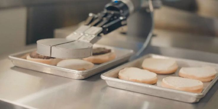 CAs Food & Drink   They Call Me Mr. Flippy - Burger-flipping robot has its first day on the job at a CaliBurger restaurant in Pasadena, California.