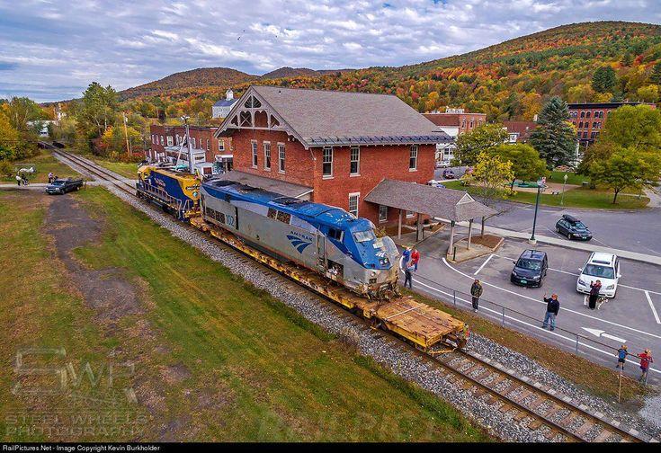 Photo AMTK 102 Amtrak GE P42DC at