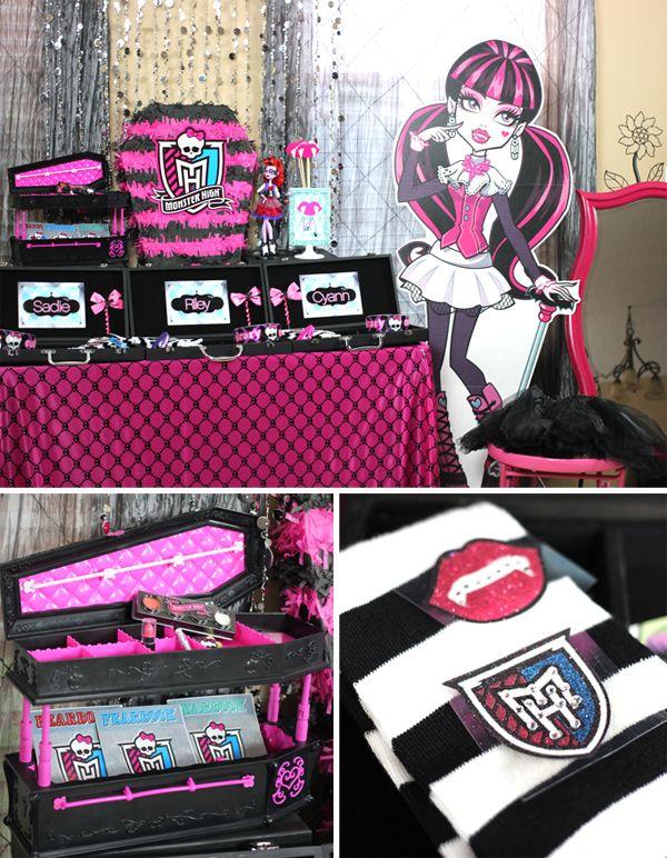 Monster High Dress Up