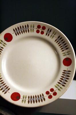 Egersund. love this plate!