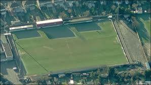 Earlsmead stadium - Harrow Borough Fc