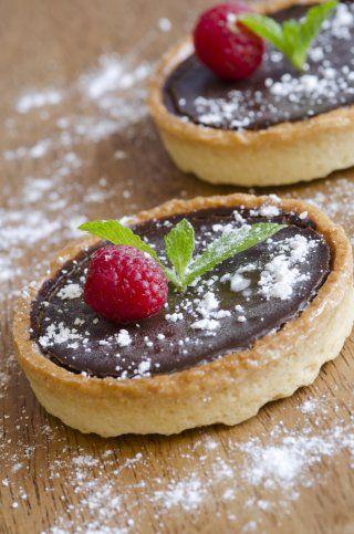 Tarte au chocolat et à la confiture de framboises