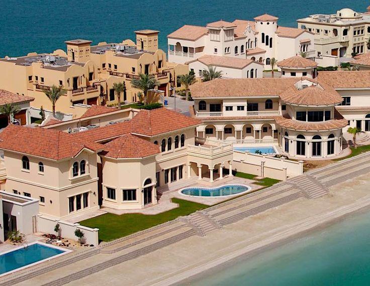 Dubai_Palm Jumeirah luxury residential area