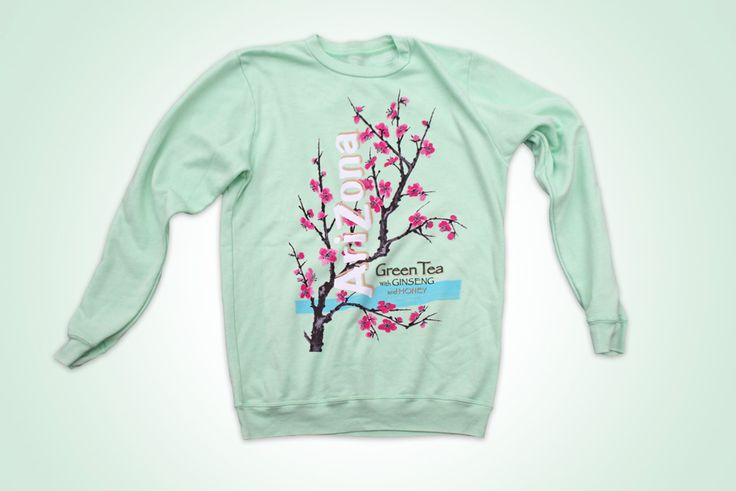 AriZona Green Tea makes for one trendy outfit with our  AriZona Green Tea label on a super soft crew neck sweatshirt. Wait, I think I see a trendsetter spotting. Why hello there good looking, heading my way?  This unisex sweatshirt is long sleeved, with fleece lining.