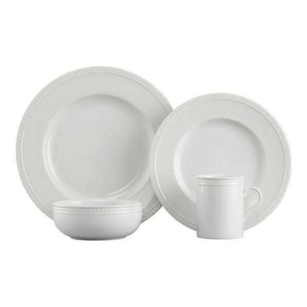 dinnerware I want.: Patterns Babysitting Stil, Rai Dots, Patterns Salad, Staccato Dinnerware, White Dishes, Dots Patterns, Dinnerware Sets, Salad Plates, Dinners Dishes