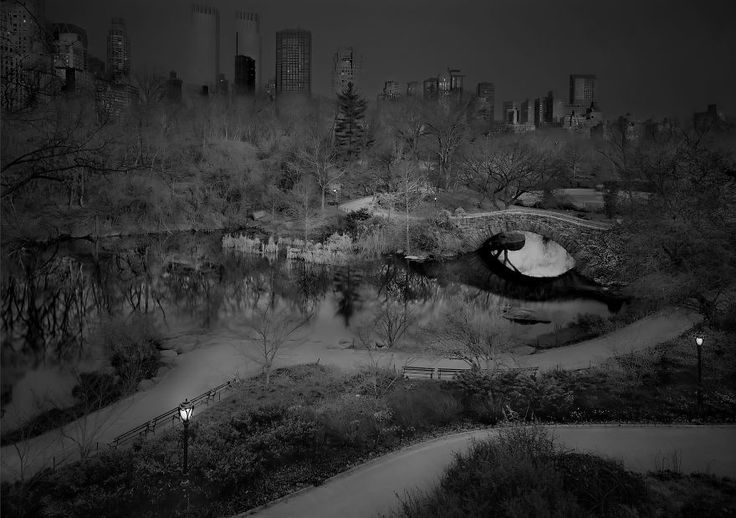 Photographer Suffering From Terrible Insomnia Captures Haunting Pics Of Central Park When There's No People / Northwest View, 2014