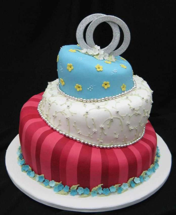 Fun and easy birthday cakes for adults birthday cakes for Simple cake decorating ideas for birthdays