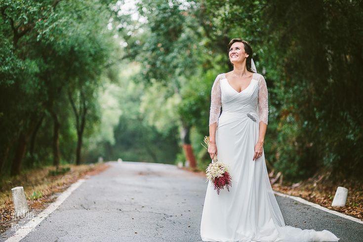 Fotografo de Boda en Cadiz, Hotel La Almoraima #wedding #dress #fotografo #cadiz #almoraima #hotel #spain #andalucia #bosquecadiz  #luznatural #luz