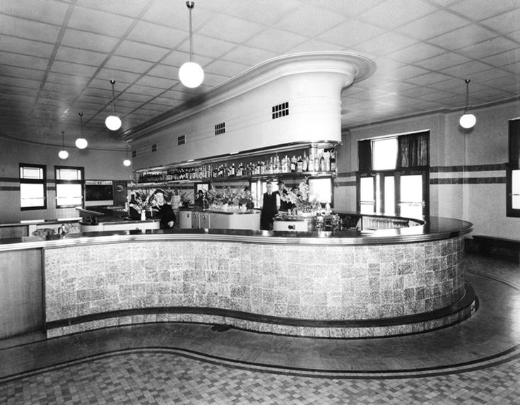 Bridge Hotel: 119 Victoria Road, Rozelle, 1941   The first hotel on the Balmain peninsula was opened in 1842-at one point there were over 40 hotels operating in the Balmain and Rozelle area. The widening of Victoria Road once called Weston Road, in 1941 saw the total rebuilding of the hotel in sleek P&O or Nautical Deco style.